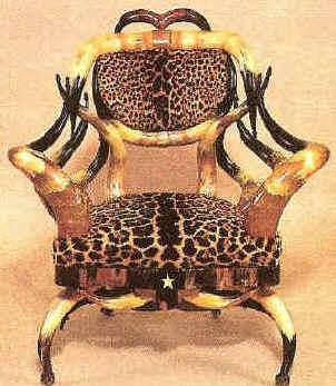Horn Chair Friedrich Cat 001 (169936 Bytes)